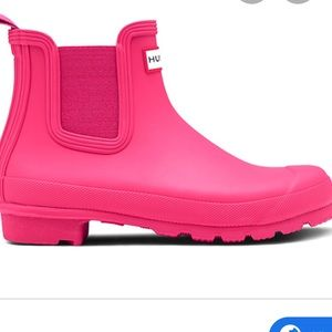 Hunter original Chelsea low rain boot hyper pink